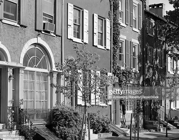 1970s STREET SCENE...