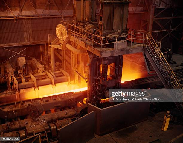 1980s GLOWING MOLTEN METAL...