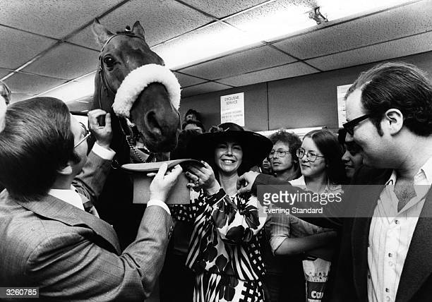 Red Rum the famous race horse at Stoke Newington where he has been brought to participate in the presentation of a prize to the owner of a betting...