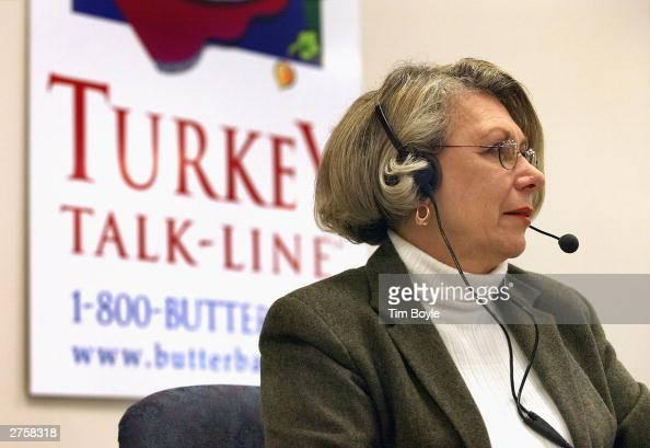 19yearveteran Butterball Turkey TalkLine supervisor Dorothy Jones answers questions on her telephone headset at the Butterball Turkey TalkLine...