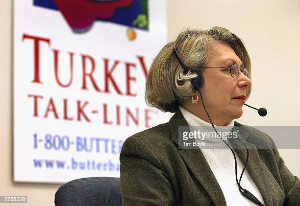 19yearveteran Butterball Turkey TalkLine supervisor Dorothy Jones answers questions on her telephone headset at the Butterball Turkey TalkLine...