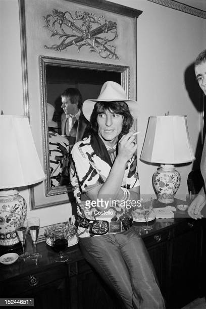 Guitarist Ron Wood from The Faces and The Rolling Stones posed at the press launch for Rod Stewart's album Atlantic Crossing in New York in May 1975