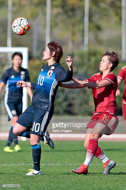 Mizuho Sakaguchi of Japan Women challenges Amanda Sampedro Bustos of Spain Women during the match between Japan v Spain Women's Algarve Cup on March...