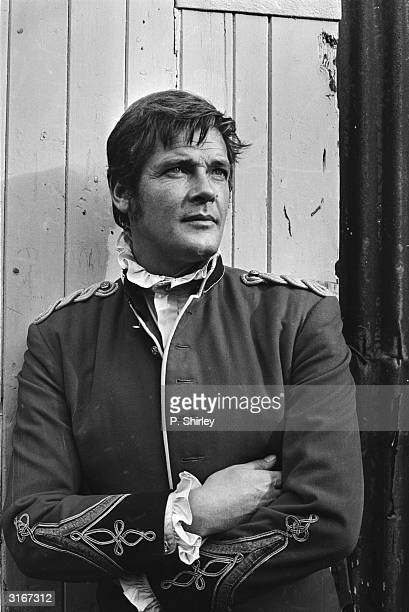 English actor Roger Moore is Gary Fenn in 'Crossplot' a thriller directed by Alvin Rakoff
