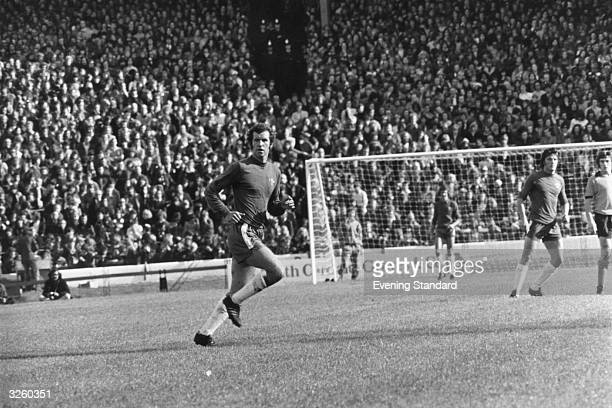 Peter Osgood of Chelsea in action