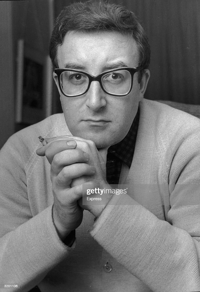 British actor and comedian Peter Sellers (1925 - 1980).