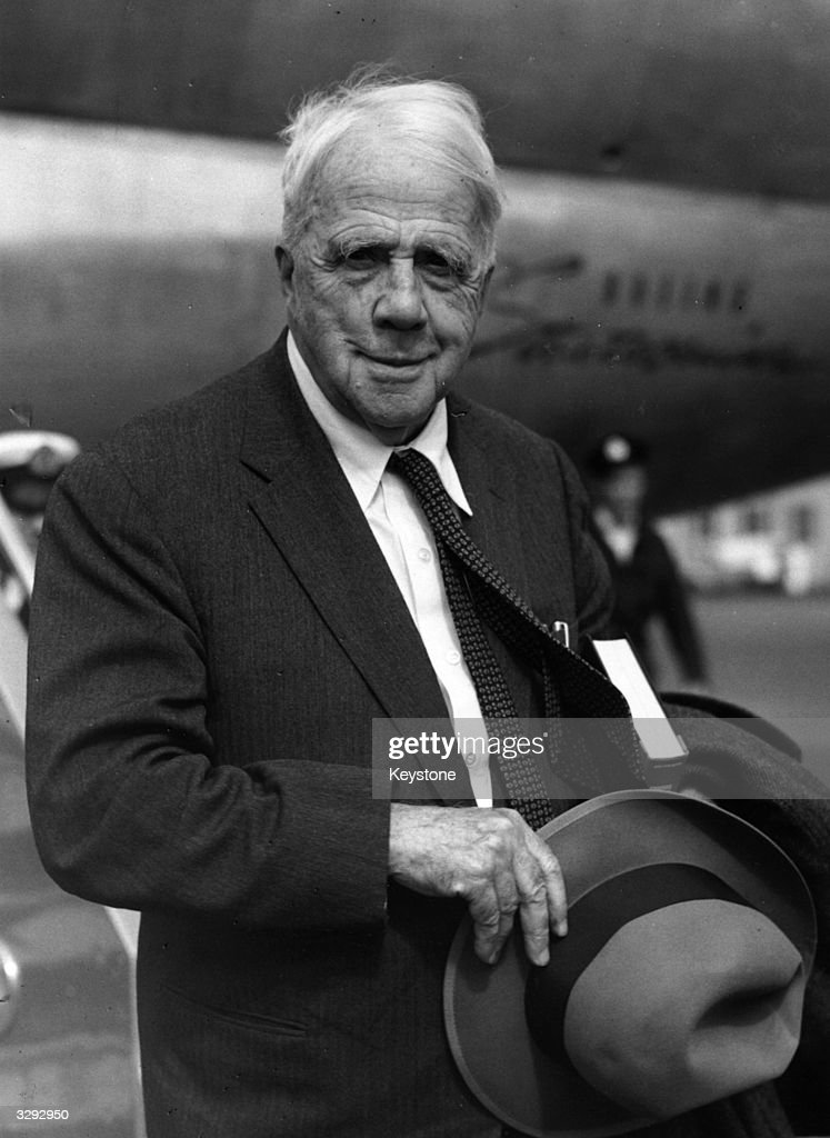 Poet Robert Lee Frost who was awarded the Pulitzer Prize in 1924 1931 and 1937 arriving at London Airport