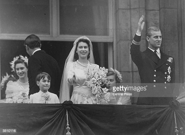 Princess Elizabeth and Prince Philip on the balcony at Buckingham Palace after their wedding