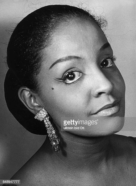 *Sängerin Schauspielerin TrinidadPorträt 1959