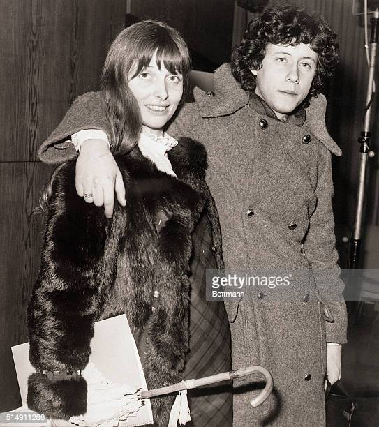 2/11/1970London England Arlo Guthrie with his wife Jackie in London