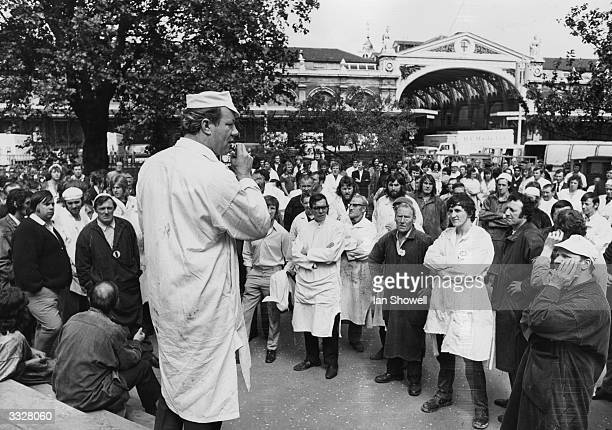 Ron Taylor a Smithfield porter addressing a meeting to discuss the problem of the admission of 50000 Asians given notice to quit Uganda by Idi Amin