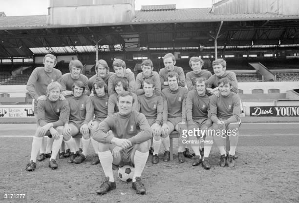 Chelsea football team M Hinton I Hutchinson D Webb T Hughes P Bonetti J Dempsey E McCreadie A Birchenall C Cooke A Hudson J Boyle P Houseman P Osgood...