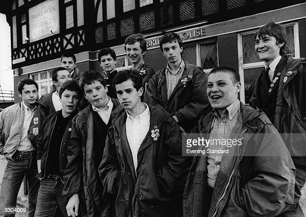 A gang of teenage mods outside the 'Bridge House' pub Canning Town