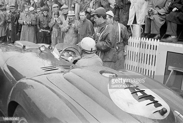 22Nd Edition Of The 24 Hours Of Le Mans 1954 France Juin 1954 la course automobile des 24 heures du Mans Les pilotes Maurice TRINTIGNANT et José...