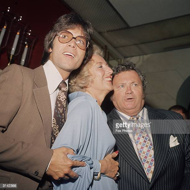 From left to right Cliff Richard Dame Vera Lynn and Harry Secombe at a Variety Club luncheon