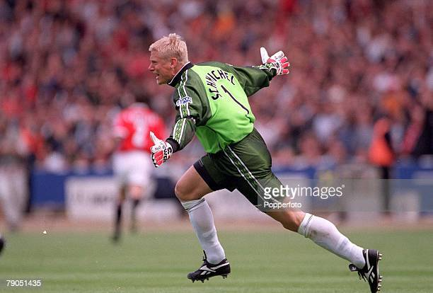 22nd MAY 1999 FA Cup Final Wembley Manchester United 2 v Newcastle United 0 Manchester United's Peter Schmeichel celebrates after Teddy Sheringham's...