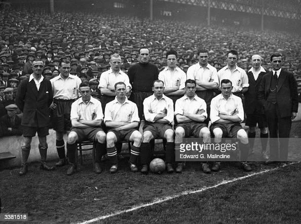 The Enhgland football team shortly before beating Ireland 21 at Goodison Park