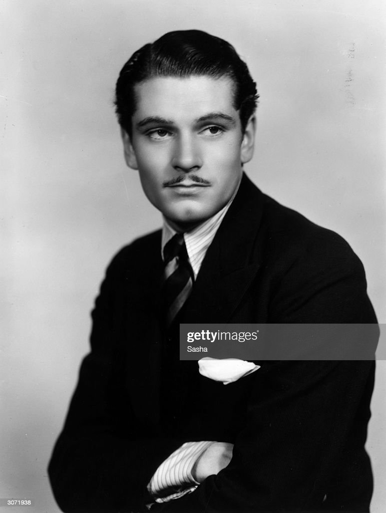 English actor <a gi-track='captionPersonalityLinkClicked' href=/galleries/search?phrase=Laurence+Olivier&family=editorial&specificpeople=80991 ng-click='$event.stopPropagation()'>Laurence Olivier</a> (1907 - 1989).