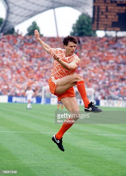23rd JUNE 1988 Munich West Germany 1988 European Championships Final Holland 2 v USSR 0 Holland's Marco Van Basten scores his side's second goal with...