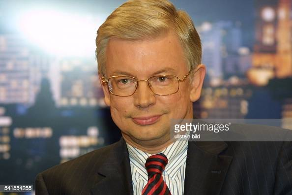 Roland m ller stock photos and pictures getty images for Koch politiker
