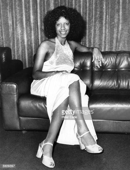 American singer Natalie Cole at a reception in her honour in London during her European tour