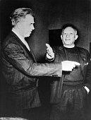 *25101881Bildender Künstler Maler Spanien mit dem ExVizePräsidenten der USAHenry Wallace 1947
