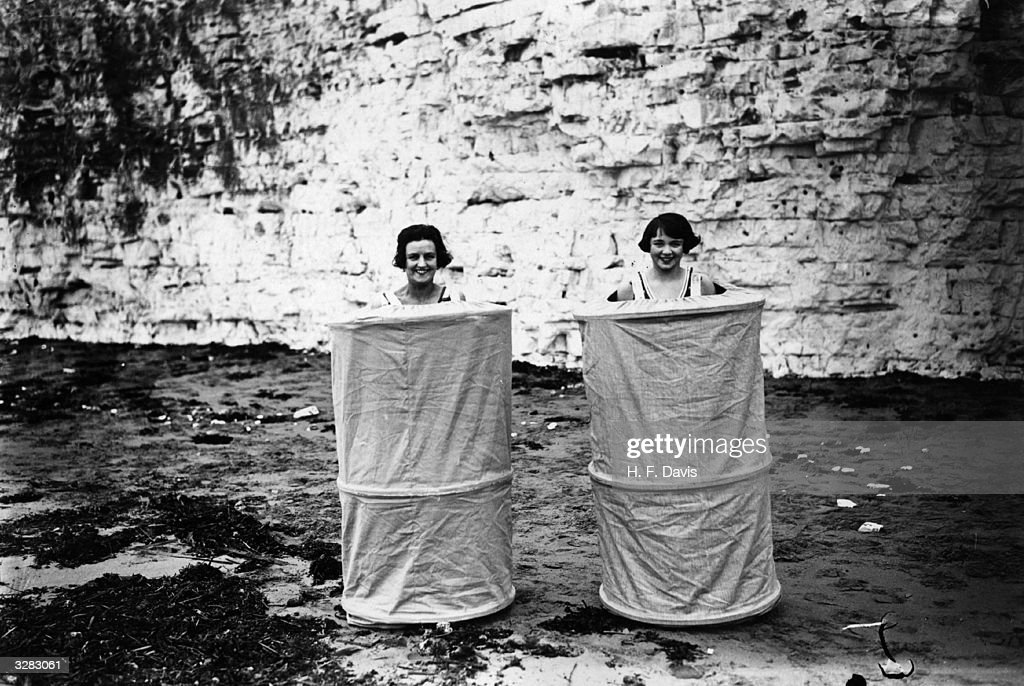 The Skreenette, a new bathing tent, for the beach. It consists of a bell-shaped tent arranged with shoulder straps whereby the bather can dress and undress entirely screened, at the public beach and bath pool.