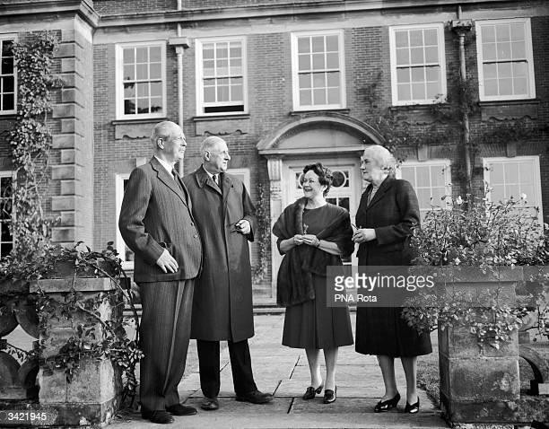 British Prime Minister Harold MacMillan French soldier and President Charles De Gaulle Yvonne De Gaulle and Lady Dorothy MacMillan at their home in...