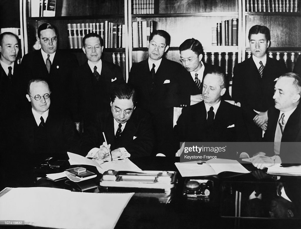 25Th Of Novembre Signing The Anti Comintern Pact In Berlin On 1936