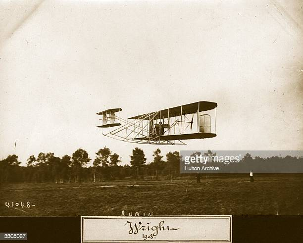 The Wright Flyer II biplane in flight Aeroplane Album Vol 2 Page 59