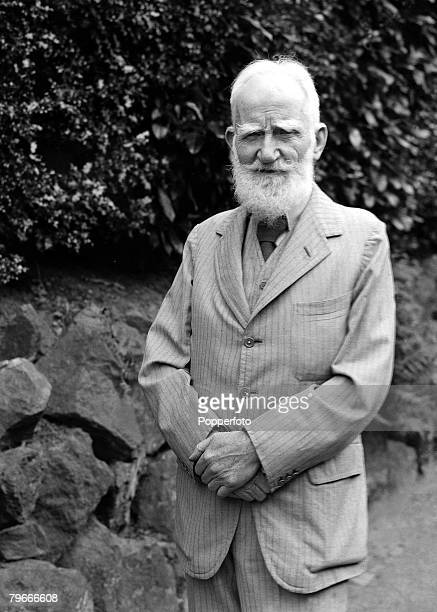 26th July 1937 George Bernard Shaw the Irish dramatist pictured on his 81st birthday at the annual Malvern Worcester Theatre Festival where he...