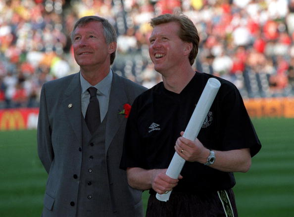 26th MAY 1999. UEFA Champions League Final. Barcelona, Spain. Manchester United 2 v Bayern Munich 1.Manchester United manager Alex Ferguson with assistant manager Steve McLaren before the match : News Photo