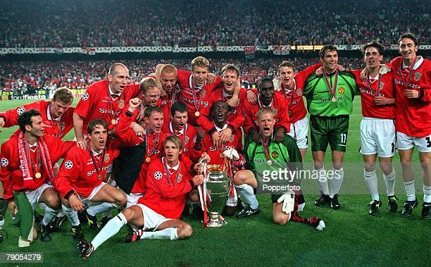 26th MAY 1999 UEFA Champions League Final Barcelona Spain Manchester United 2 v Bayern Munich 1 Manchester United celebrate with the European Cup...