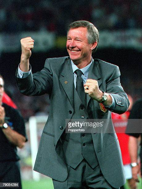 26th MAY 1999 UEFA Champions League Final Barcelona Spain Manchester United 2 v Bayern Munich 1 Manchester United's manager Alex Ferguson is...