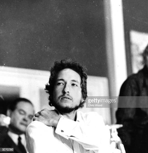 American folk rock singer songwriter Bob Dylan gives a press conference at his hotel during the Isle of Wight Festival
