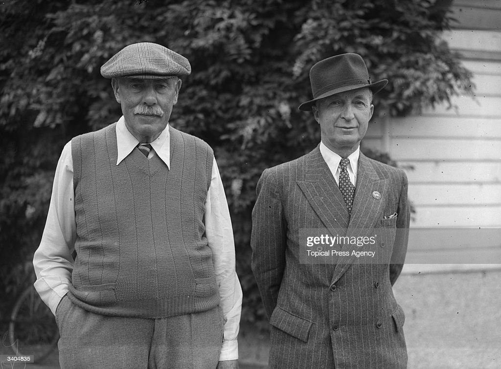 Britain's oldest golfer, 75 year old James Braid (1870 - 1950), a professional golfer, with Commander Roe,at Walton Heath Golf Course in Tadworth, Surrey. Braid won the Open championship five times, and as well as being an excellent teacher, he became a celebrated designer of golf courses.