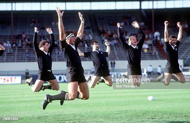 27th MAY 1987 Christchurch New Zealand Rugby World Cup New Zealand 74 v Fiji 13 All black players performing the traditional 'Haka' with Wayne...
