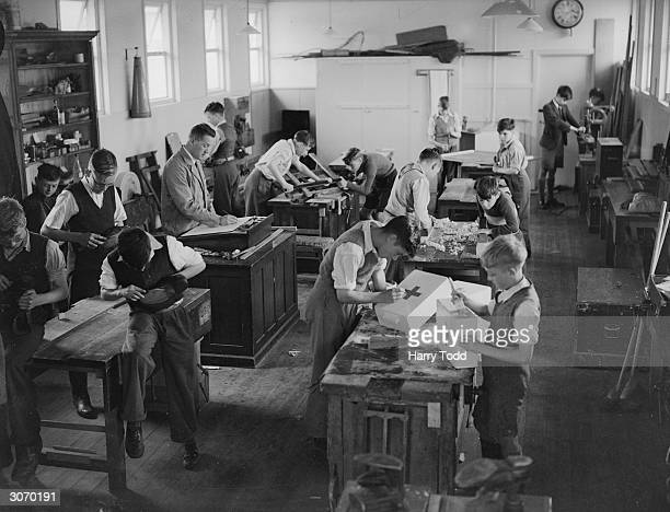 London schoolboys evacuated to Pixies Hill Camp School in Boxmoor Hertfordshire