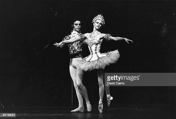 The dancers Antoinette Sibley and Anthony Dowell of the Royal Ballet in the 'Nutcracker'