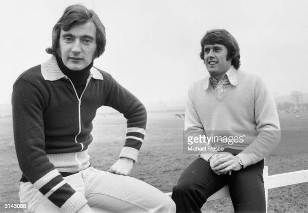 From l to r football players Alan Hudson of Chelsea and Geoff Hurst of West Ham