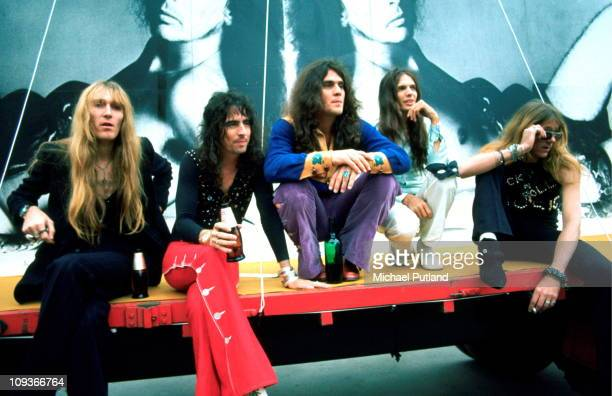 Alice Cooper and his band group portrait at chessington Zoo near London on 28th June 1972 Glen Buxton Alice Cooper Michael Bruce Dennis Dunaway Neal...