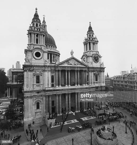 St Paul's Cathedral London on the day of the royal wedding between Prince Charles and Princess Diana