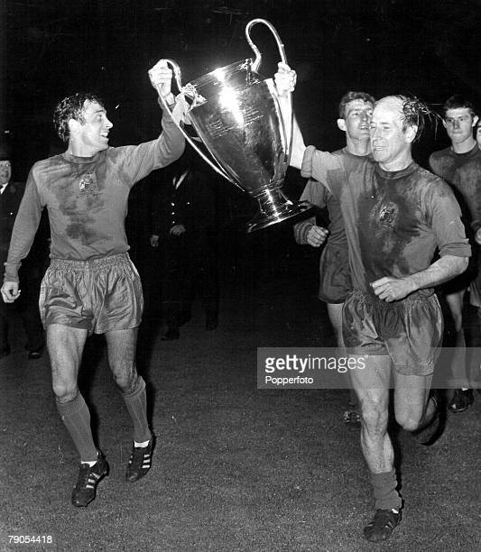 29th MAY 1968 European Cup Final Wembley London Manchester United v Benfica Manchester United's captain Bobby Charlton carries the European Cup on a...