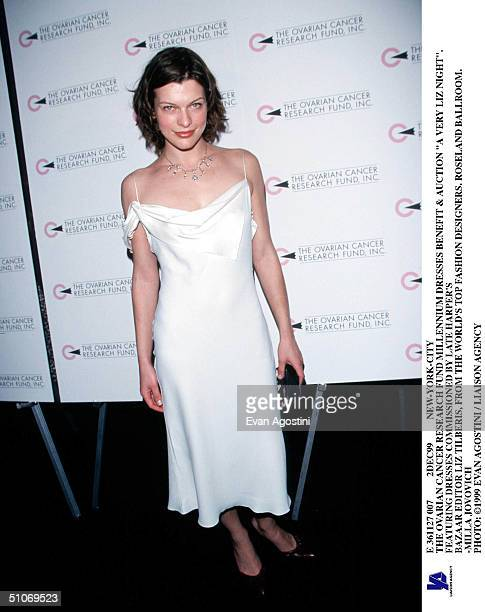 E 361127 007 2Dec99 NewYorkCity The Ovarian Cancer Research Fund Millennium Dresses Benefit Auction 'A Very Liz Night' Featuring Dresses Commissioned...