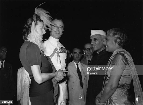 The Viceroy of India Lord Mountbatten meets Indian Prime Minister Pandit Nehru in the Moghul Gardens in New Delhi