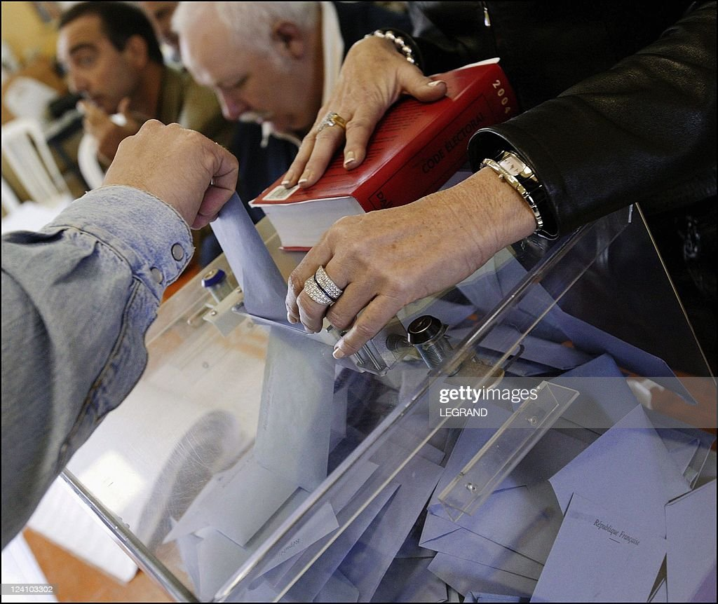 2nd round of the regional election in Corsica France On March 28 2004