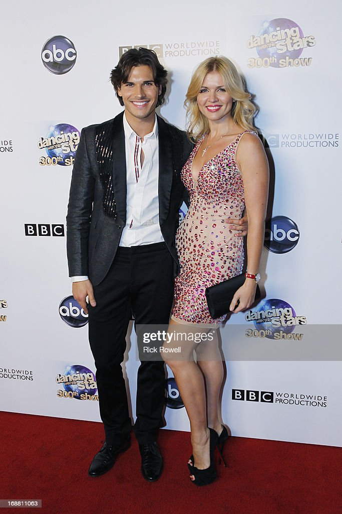 STARS - 300th Episode Celebration - 'Dancing with the Stars' celebrated its 300th episode during its Results Show on TUESDAY, MAY 14 (9:00-10:01 p.m., ET), on ABC. SAMODANOVA