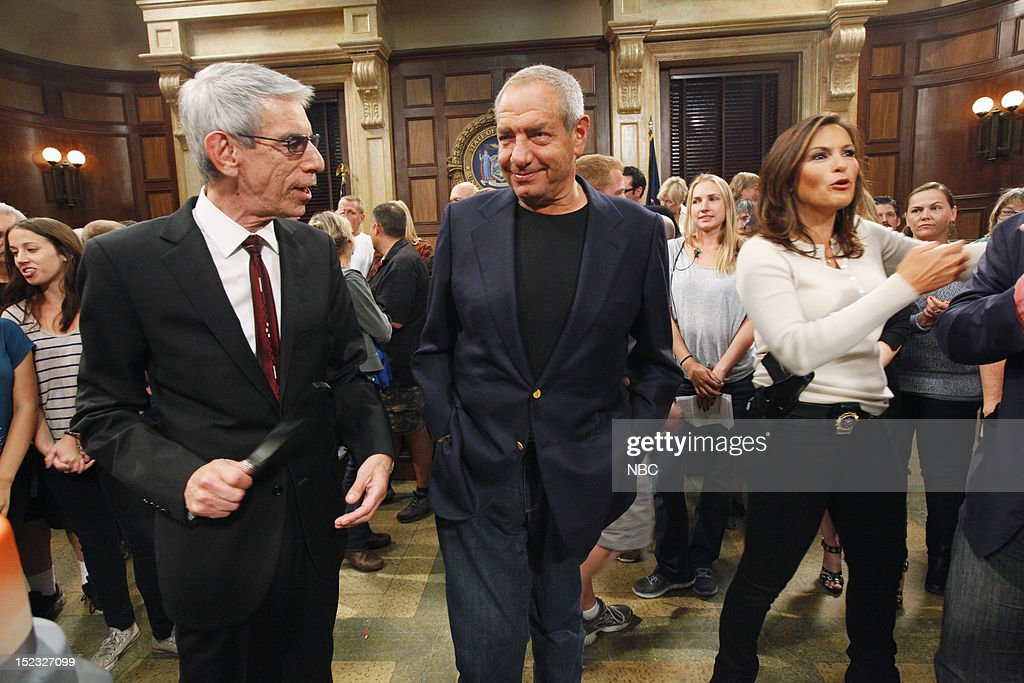UNIT -- 300th Episode Celebration -- Pictured: (l-r) <a gi-track='captionPersonalityLinkClicked' href=/galleries/search?phrase=Richard+Belzer&family=editorial&specificpeople=206227 ng-click='$event.stopPropagation()'>Richard Belzer</a> as Detective John Munch, Executive Producer <a gi-track='captionPersonalityLinkClicked' href=/galleries/search?phrase=Dick+Wolf&family=editorial&specificpeople=210651 ng-click='$event.stopPropagation()'>Dick Wolf</a>, <a gi-track='captionPersonalityLinkClicked' href=/galleries/search?phrase=Mariska+Hargitay&family=editorial&specificpeople=204727 ng-click='$event.stopPropagation()'>Mariska Hargitay</a> as Detective Olivia Benson --