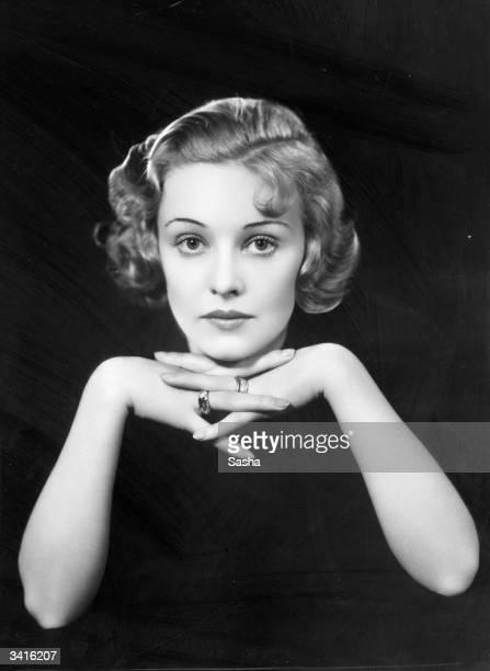 Beautiful British actress Madeleine Carroll