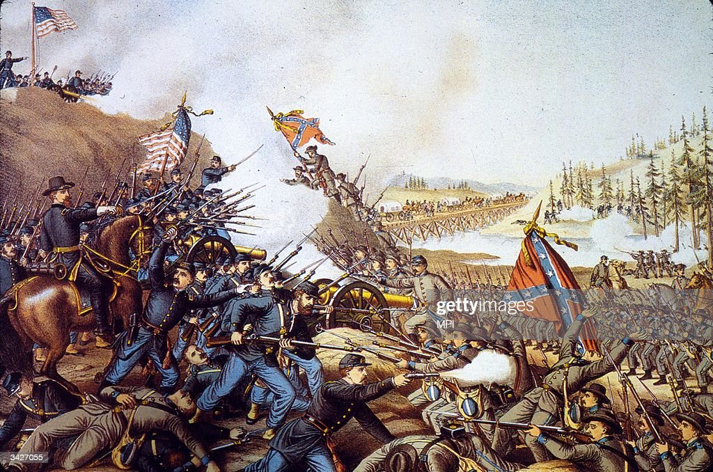 Union and Confederate troops fighting during the Battle of Franklin in Tennessee
